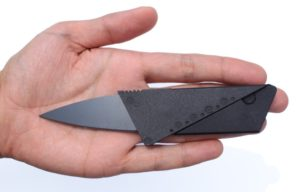 credit-card-knife-wide-hand