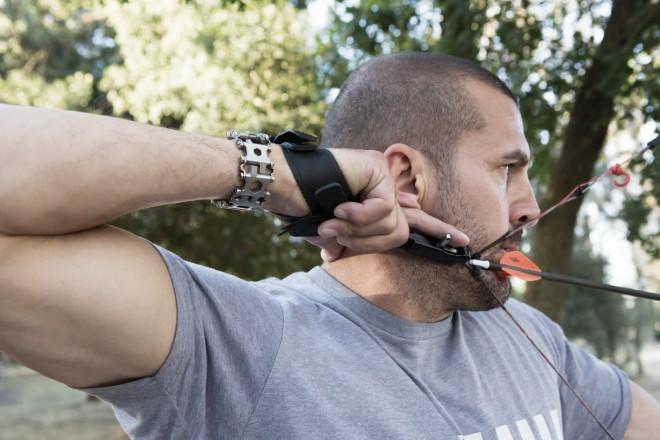 leatherman-tread-wearable-survival-tool-archer-dude
