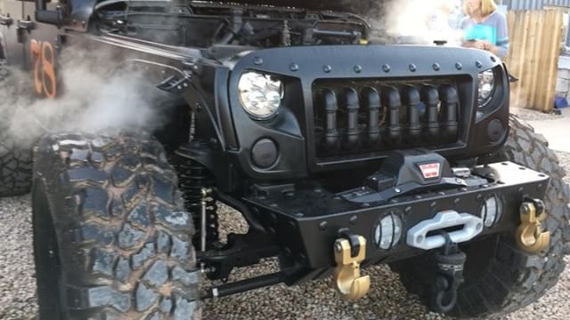 Loco Hauk Steam-powered Jeep (grill closeup)