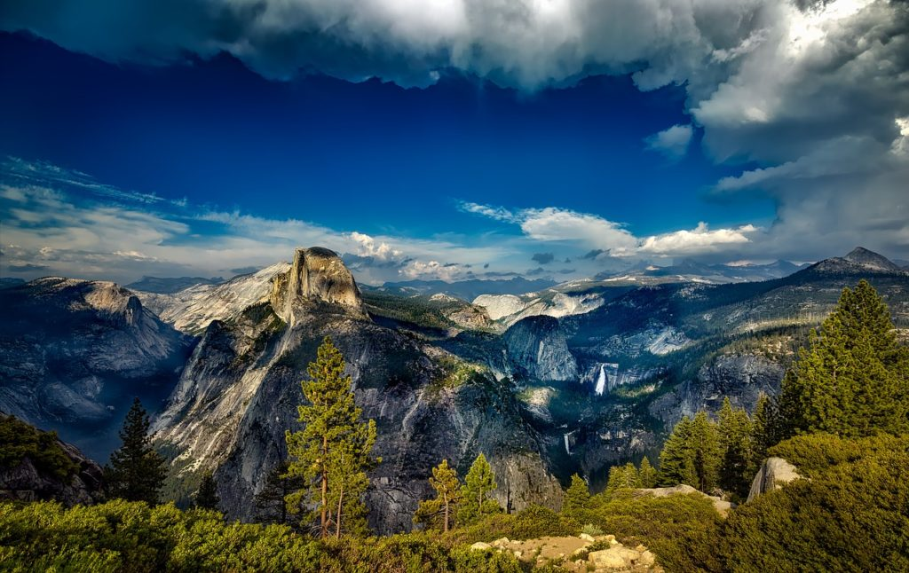 Mountains of Yosemite National Park, California