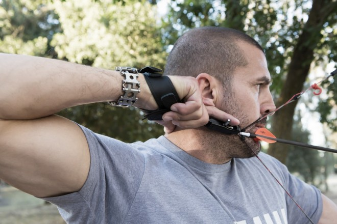 leatherman-tread-wearable-survival-tool-archer-dude