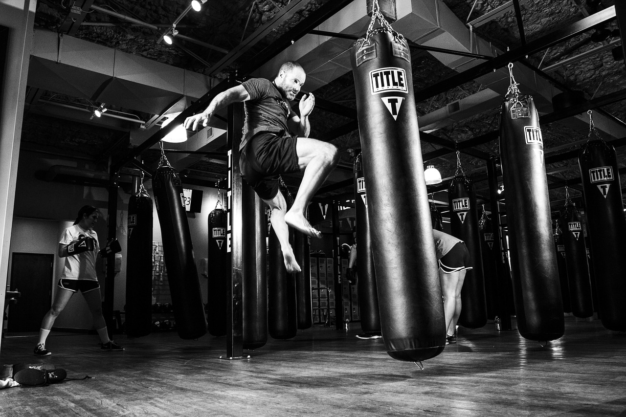 5 Essential Self-defense Techniques from Krav Maga Worldwide Experts